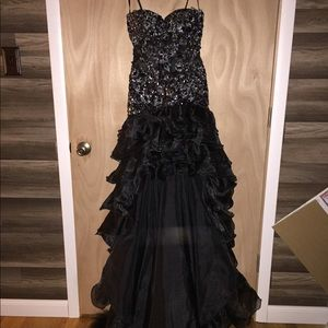 Tony Bowls Prom/Formal gown